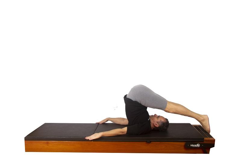 Exercício en pilates mat