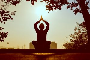 Você Sabe Qual A Importância Do Pilates Para Quem Faz Meditação